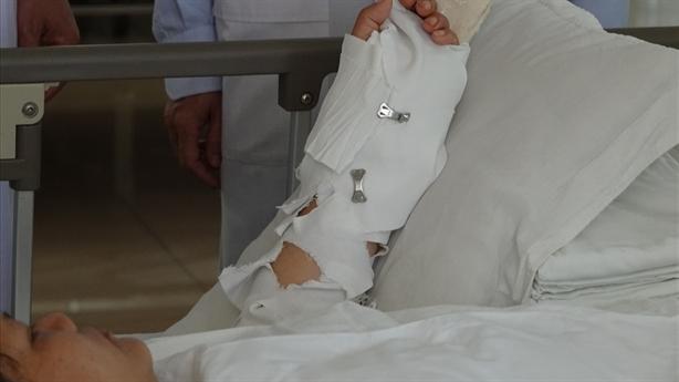 Người phụ nữ bị chém lìa tay chỉ vì...em chồng tiểu bậy
