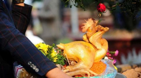Điều tối kỵ khi làm gà cúng giao thừa năm Canh Tý