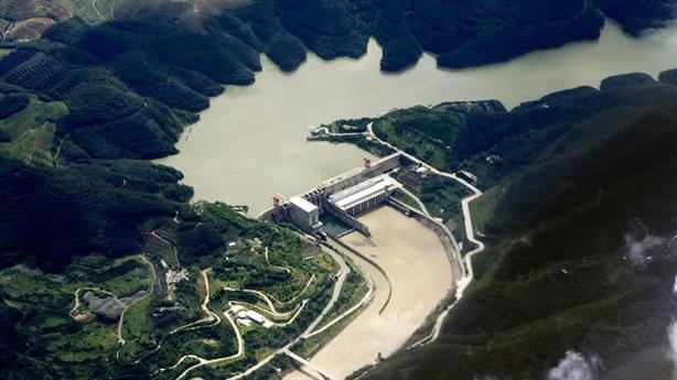 Đập Cảnh Hồng tích nước khi hạ lưu sông Mekong hạn hán