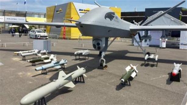 Mỹ ngừng sử dụng 800 UAV Trung Quốc vì lo an ninh
