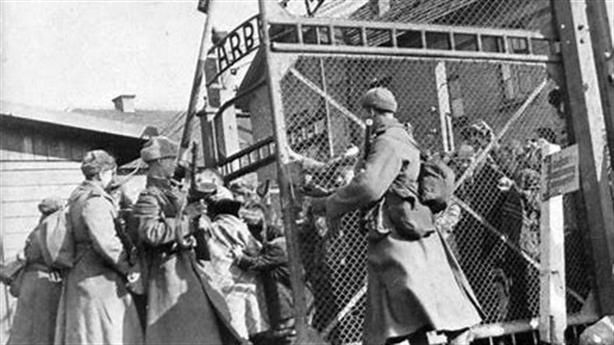 Viết lại lịch sử Thế chiến II: Mỹ xin lỗi Nga