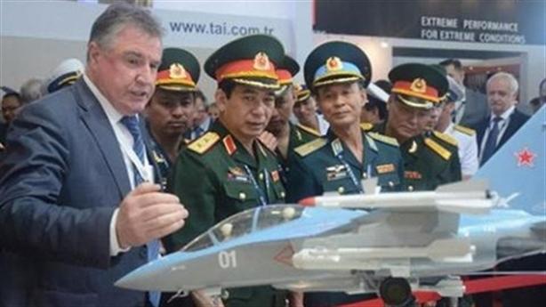 Yak-130 Việt Nam nằm trong đội hình tác chiến với Su-27/30?