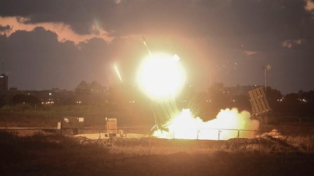 Phòng thủ Israel náo loạn