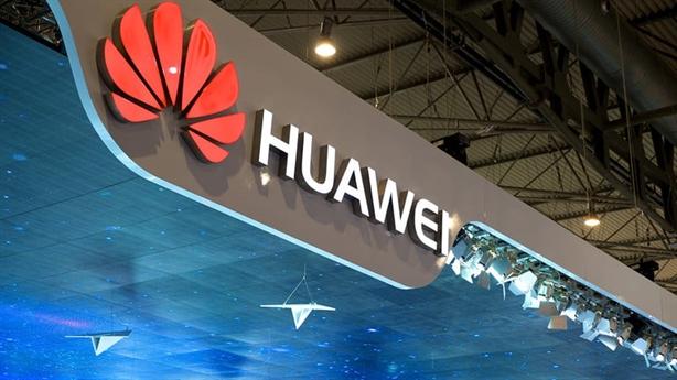 Cựu Bộ trưởng Anh ủng hộ chính sách về Huawei
