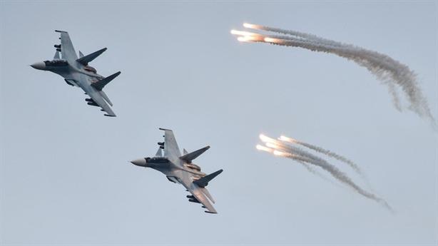 Bom phá mảnh tập diệt gọn phòng không ở Crimea