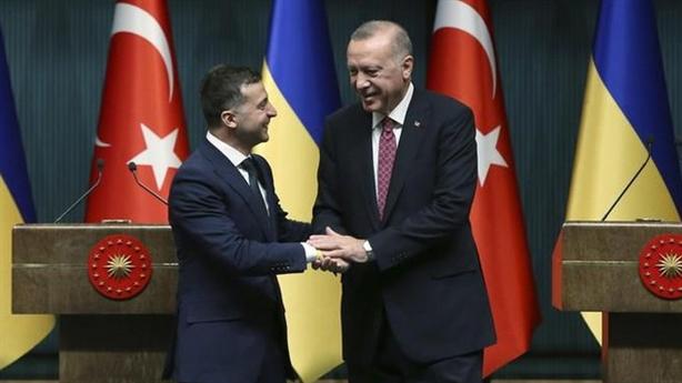 Nga phản ứng 'nhẹ' khi Thổ phủ nhận sáp nhập Crimea