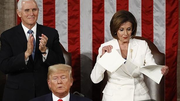 Xé thông điệp liên bang, bà Pelosi gửi thông điệp mới