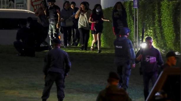 Xạ thủ Thái Lan xả súng: Thương vong kinh hoàng