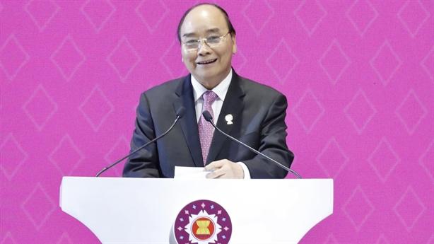 Thủ tướng ra tuyên bố của Chủ tịch ASEAN ứng phó Covid-19