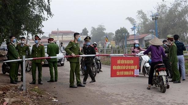 Thanh niên ở Sơn Lôi đến nhà bạn gái: 'Không phải trốn'