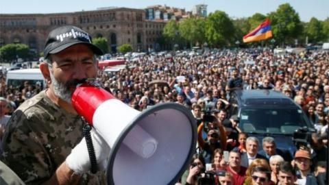 Armenia sửa đổi Hiến pháp: Mỹ quyết gạt Nga khỏi Nam Caucasus