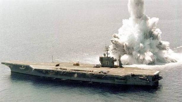 Đánh chìm tàu sân bay: Vũ khí hạt nhân cũng khó nhằn