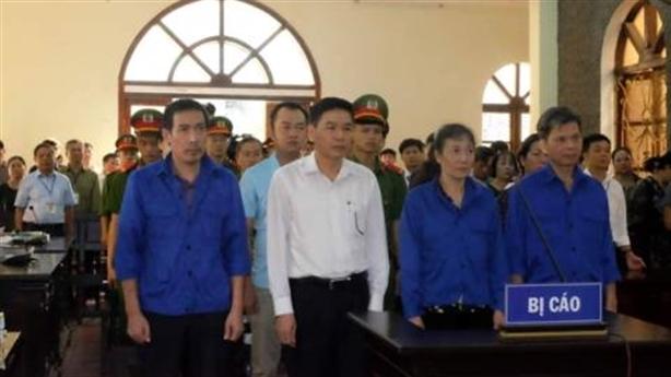 Sửa điểm thi ở Sơn La: 3 người nhận tiền