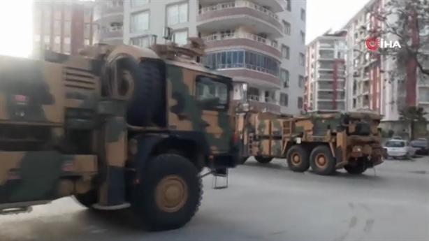 Biên giới Syria-Thổ như chảo lửa khi thêm vũ khí hạng nặng
