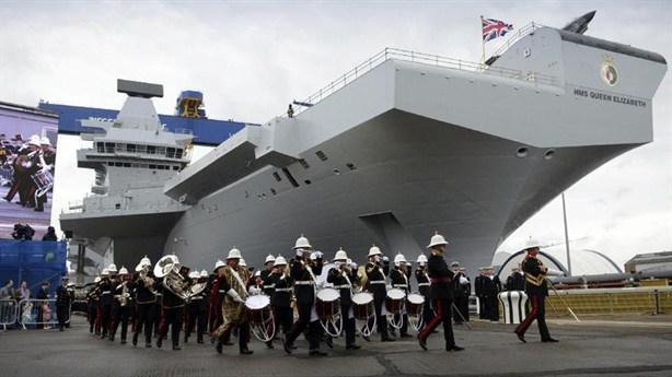 'Hết tiền, Hải quân Anh sẽ tổn thương trước Nga'