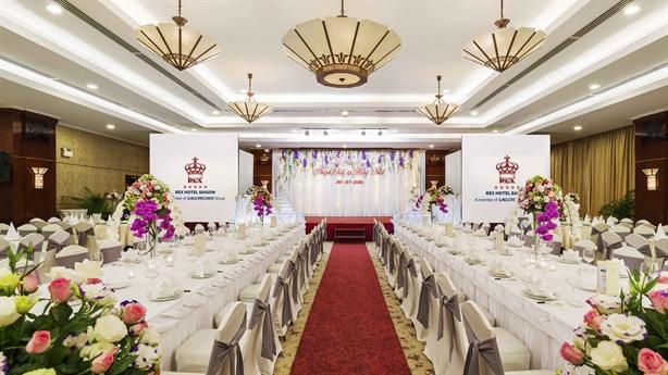 Khách sạn Rex Sài Gòn triển khai khuyến mãi hấp dẫn