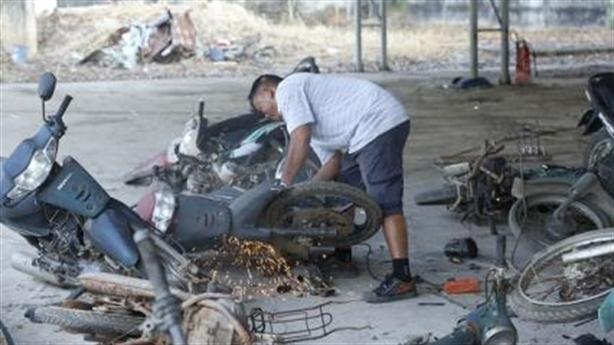Tiêu hủy hơn 500 xe môtô vi phạm giao thông đường bộ