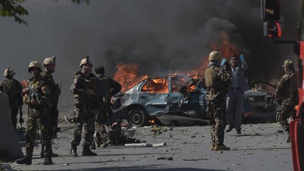 Taliban hứa không tấn công lính Mỹ khi bạo lực bùng phát