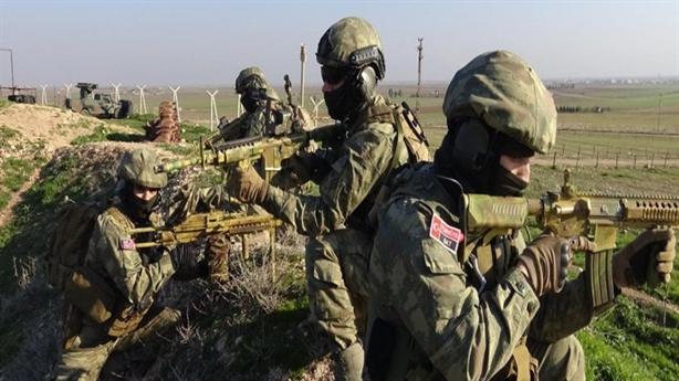 Đặc nhiệm Thổ Nhĩ Kỳ bất ngờ tấn công đồng minh NATO?