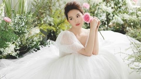 Ngọc Trinh có bạn trai mới: Đã chốt hạ đám cưới?