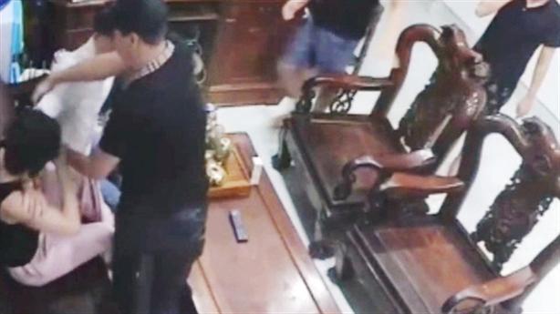 Lời người phụ nữ kêu cứu vì bị 'khủng bố' đòi nợ
