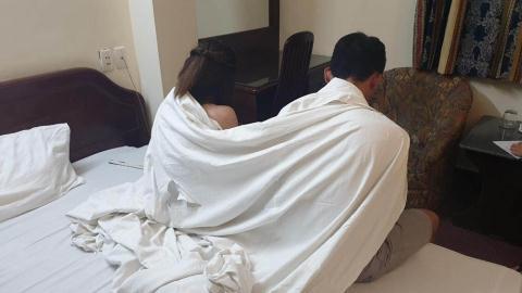 Tiếp viên 20 tuổi bán dâm cho khách giá 2 triệu đồng/lượt