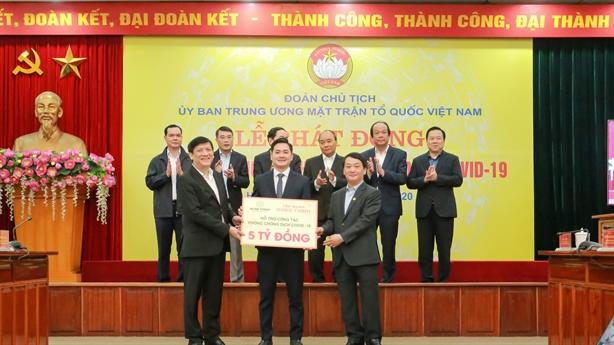 Tập đoàn Hưng Thịnh ủng hộ 5tỷ đồng hỗ trợ chống Covid-19