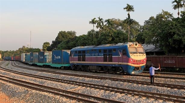 Chưa triển khai thủ tục đầu tư đường sắt Hà Nội-Lào Cai