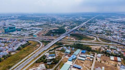 Chuyển đầu tư công 3 đoạn cao tốc Bắc-Nam: Khó gật đầu