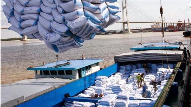 Dừng xuất khẩu gạo: Yêu cầu Bộ Công thương rút kinh nghiệm