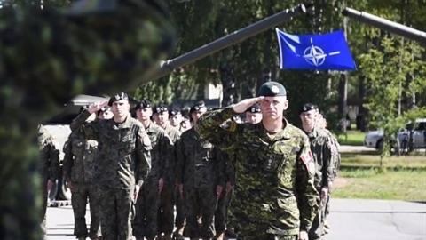NATO hành động nóng ngăn 'dòng thác xe tăng Nga' tại Baltic