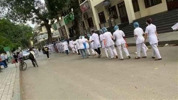 PGĐ BV Bạch Mai: Nhân viên y tế bị tổn thương vì...