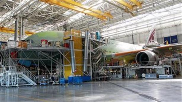 Việt Nam thêm nơi làm linh kiện máy bay: Cơ hội mới!