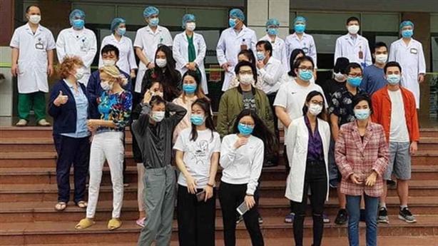 Bệnh nhân 17 xuất viện; xác định nguồn lây ở Bạch Mai