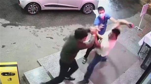Thêm người bị đánh vì nhắc chuyện không đeo khẩu trang