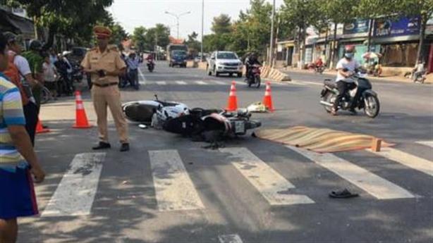 Nghịch lý gia tăng tai nạn giao thông vì đường thoáng