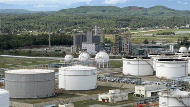 Phát hành trái phiếu dầu thô: Còn kho để chứa?