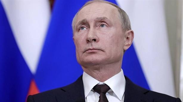 Giúp cả thế giới chống dịch, Nga nhận lại lời cay đắng