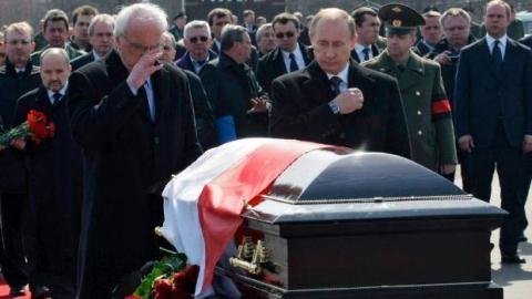 Ông Putin sẽ khiến Ba Lan 'chơi dao đứt tay'?