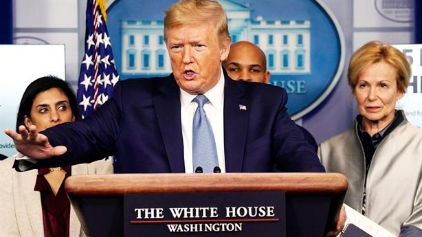 Mỹ tăng kỷ lục ca tử vong, ông Trump được tín nhiệm