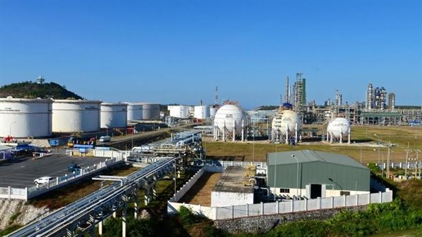 PVN kiến nghị tạm ngừng nhập khẩu xăng dầu