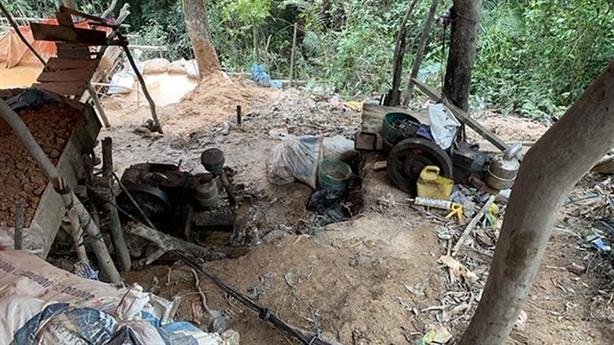 Tin mới vụ mỏ vàng 8 tấn bị khai thác trộm