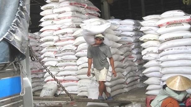 Doanh nghiệp 'xù' gạo dự trữ, đăng ký xuất khẩu: Băn khoăn