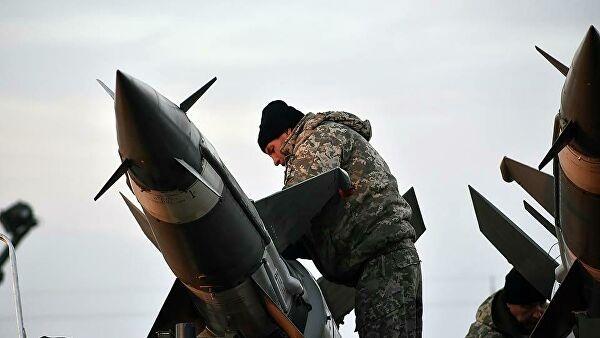 Ukraine lại dọa tấn công nhà máy lọc dầu Nga