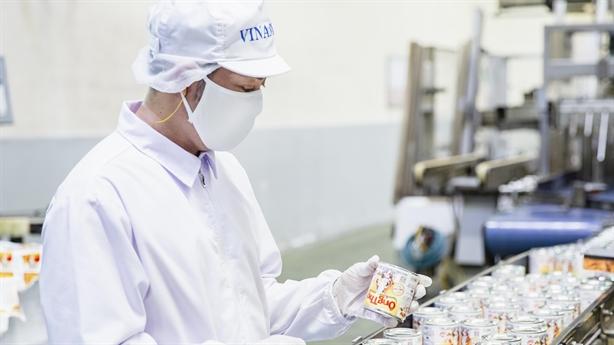 Trở ngại do Covid, Vinamilk vẫn xuất khẩu sữa qua Trung Quốc