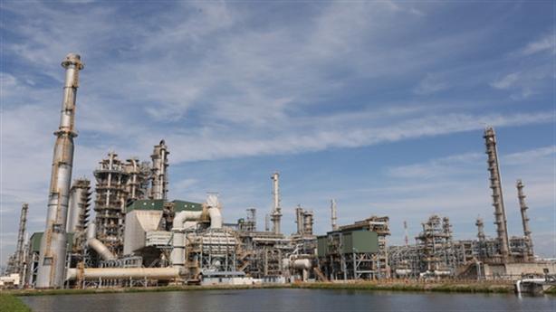 Kho chứa quá tải, vẫn kiến nghị nhập khẩu xăng dầu