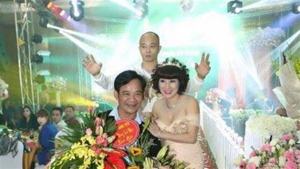 Nghệ sĩ Quang Tèo nói thật về bó hoa tặng Đường nhuệ