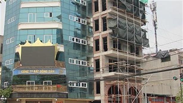 Đường nhuệ ngang nhiên xây hai tòa nhà khủng sai phép