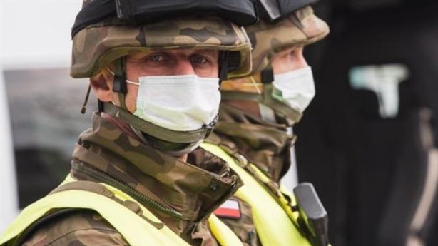 Covid-19 đe dọa tồn vong liên minh NATO