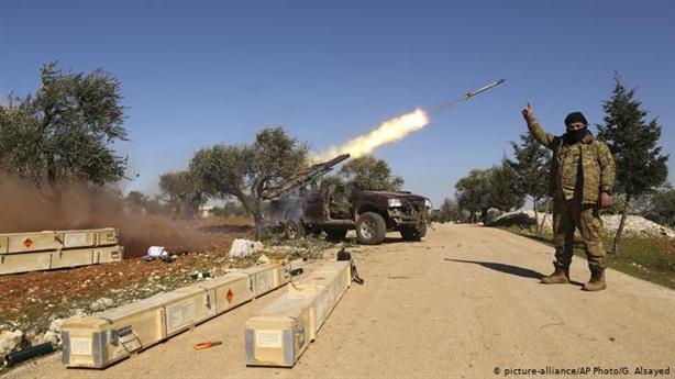 Thổ Nhĩ Kỳ trực tiếp dội hỏa lực vào SAA tại Aleppo